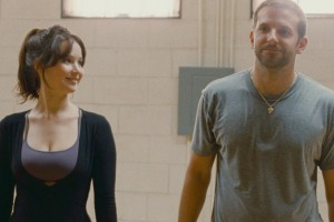 Tiffany (Jennifer Lawrence) and Pat (Bradley Cooper)